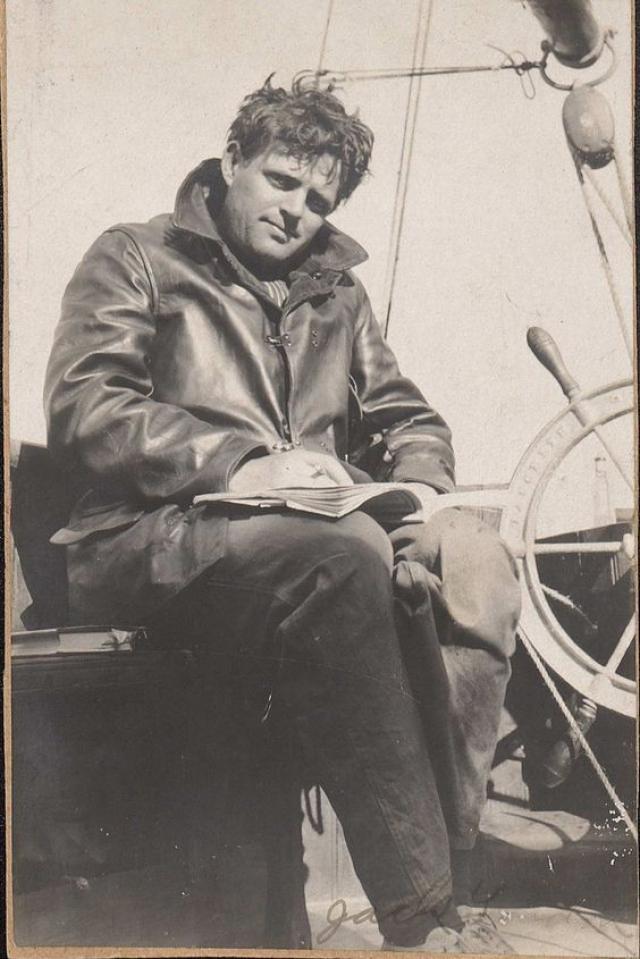 Вернувшись из Японии, в 1893 году Джек написал первый очерк и публикует его в одной из местных газет. Следующие три года он вновь зарабатывает на жизнь тяжелым трудом, успевает посидеть в тюрьме и написать 2 новых очерка.