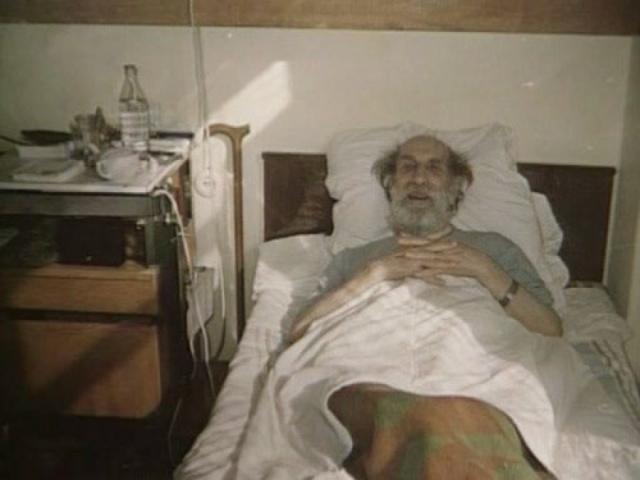 Голубевой не стало в 1989 году. На страшный удар наложились безработица, затем нищета, тотальное одиночество и усугубившаяся болезнь.