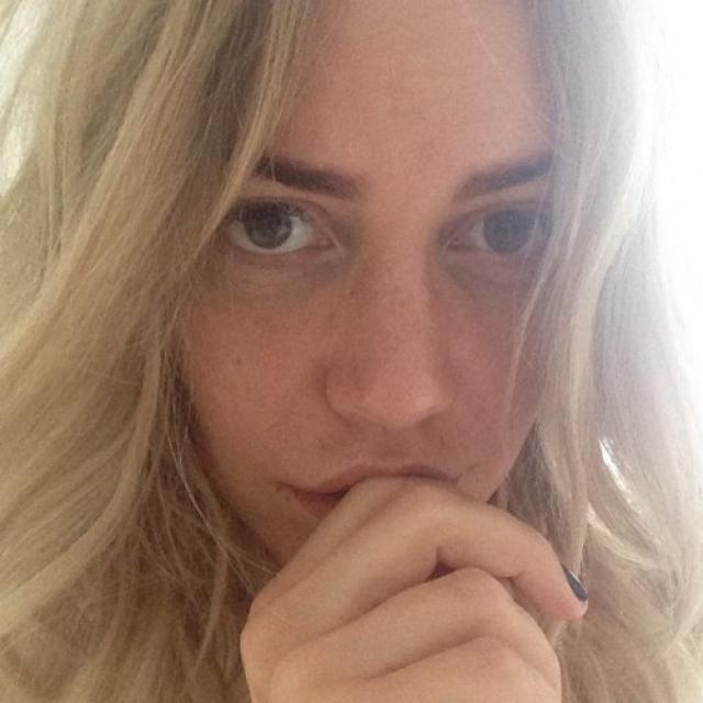"""Маша Малиновская. Телеведущая без макияжа выглядит моложе и свежее, нежели """"при параде""""."""