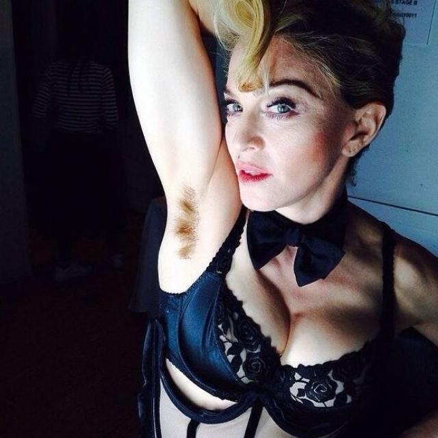 Весной 2014 года Мадонна показала, пожалуй, даже то, что многие поклонники видеть не хотели.