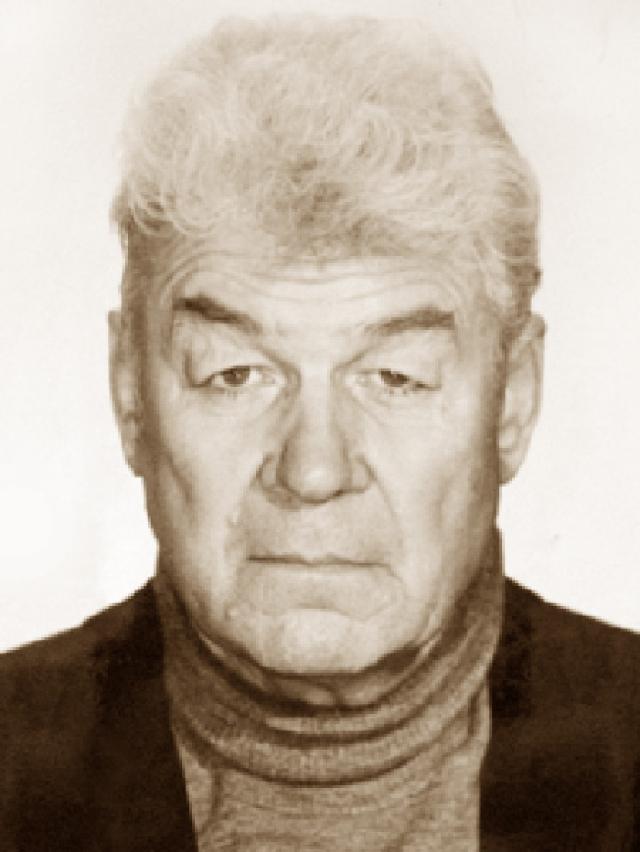 Актер ушел из жизни 11 августа 1994 года после продолжительной болезни. Похоронен в Москве на Ваганьковском кладбище.