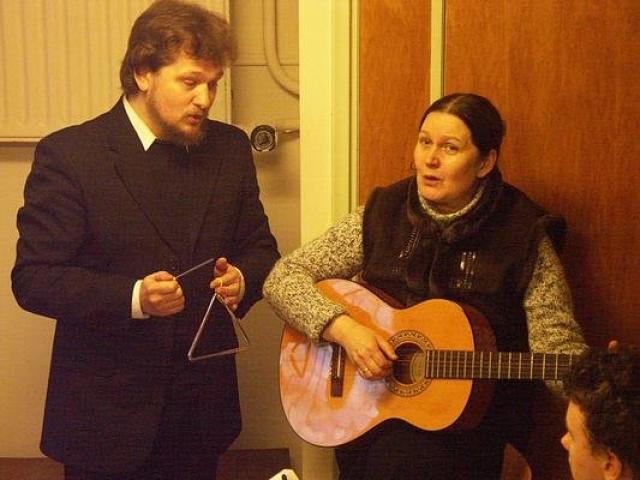 Вместе со своей женой, актрисой Еленой Михайловой, он отошел от мирской жизни.