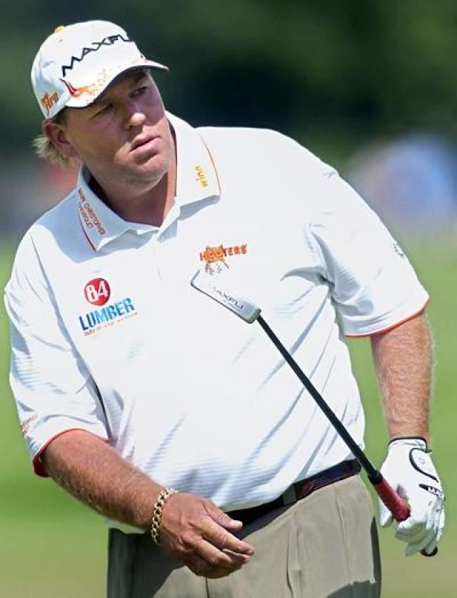 42. Джон Дейли, 54 лет, гольфист Нарушения закона: инциденты в состоянии сильного алкогольного опьянения.