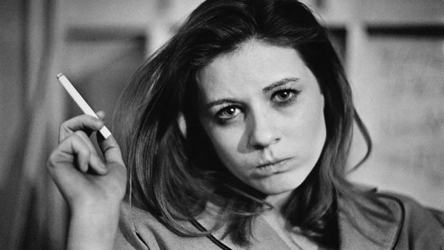Патти Дьюк. Несмотря на успех в музыкальной и актерской карьере, женщина многократно пыталась покончить с собой из-за семейных неурядиц.