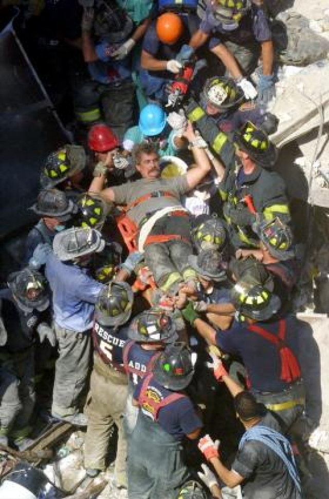 911 World Trade Center jumpers 18 only Graphic c