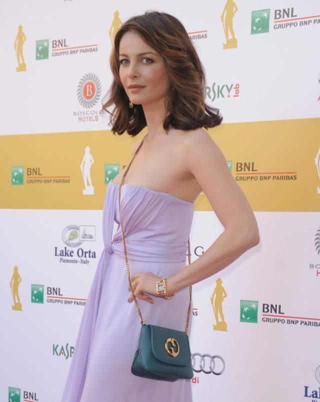 Виоланте Плачидо Итальянская актриса и певица, дочь итальянский актеров Микеле Плачидо и Симонетты Стефанелли. Любимица итальянской публики, снявшаяся во многих фильмах на Родине в 2010 году начала покорять Голливуд.