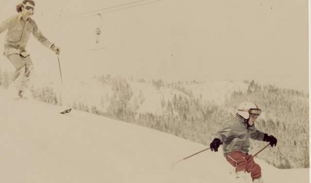"""Норман соорудил из найденных в горах некое подобие лыж и спустился вниз, что заняло у него около девяти часов. Повзрослев и став писателем, Норман Оллестад рассказал об этом случае в книге """"Без ума от бури"""", ставшей бестселлером."""