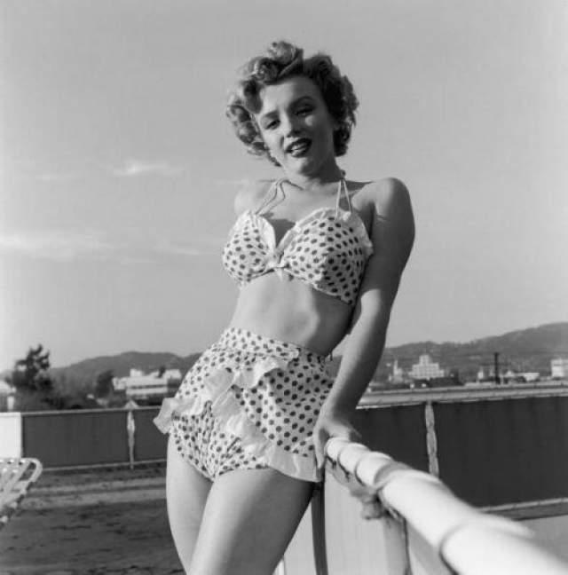 Известно, что Мерлин Монро познакомилась с кандидатом в президенты США от демократов в середине 1960 года на отдыхе на озере Тахо.