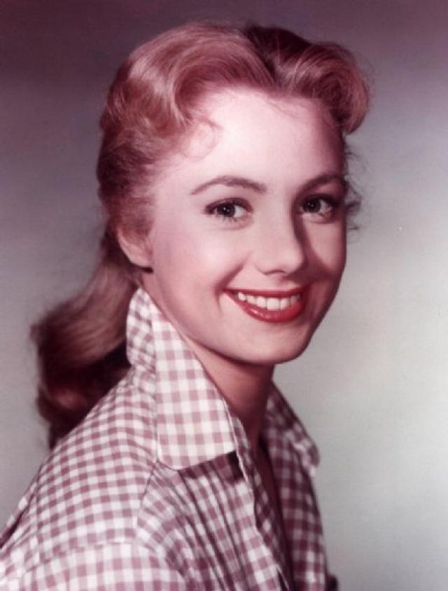 Если в отечественном кинематографе 1960 года сложно представить даже наличие подобных персонажей, то Ширли даже получила награду киноакадемии за эту роль проститутки.