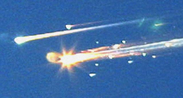 """После катастрофы челнока """"Колумбия"""" в 2003 году комиссия по расследованию причин катастрофы пришла к выводу, что NASA так и не смогла извлечь уроков из катастрофы, проблемы, приведшие к гибели """"Челленджера"""", не были исправлены и оказали влияние на разрушение челнока """"Колумбия"""" 17 лет спустя."""