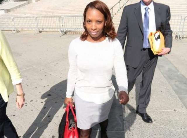 Порновидео с участием Левинстон, за публикацию которого судили 50 Cent, появилось в интернете в 2009 году. Суд признал репера виновным и постановил выплатить девушке $5 млн.