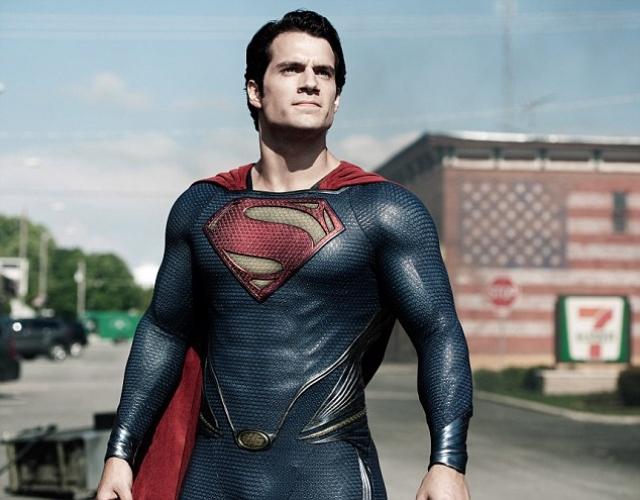 """Генри Кэвилл. Сложно поверить, что у актера, сыгравшего Супермена в фильме """"Человек из стали"""", когда-то были проблемы с фигурой."""