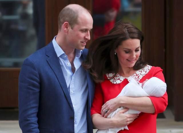 Кейт Миддлтон, апрель. Третьего члена королевской семьи герцогиня назвала Артуром.