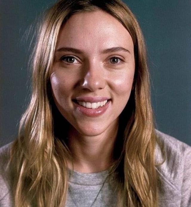 Скарлетт Йоханссон. Актриса, которая ни раз признавалась самой сексуальной звездой Голливуда, хороша и без косметики.