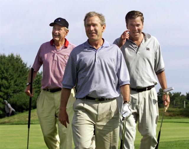 Очередной досадный конфуз произошел с Джорджем Бушем во время его семейного отдых в Кеннебанкпорте, штат Мэйн.
