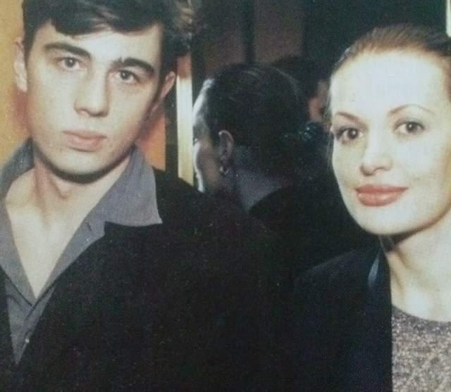 Читая статьи о своих отношениях с кем-то, Светлана только горько усмехается: в ее сердце нет места другим, Сергей Бодров стал ее последним мужчиной.