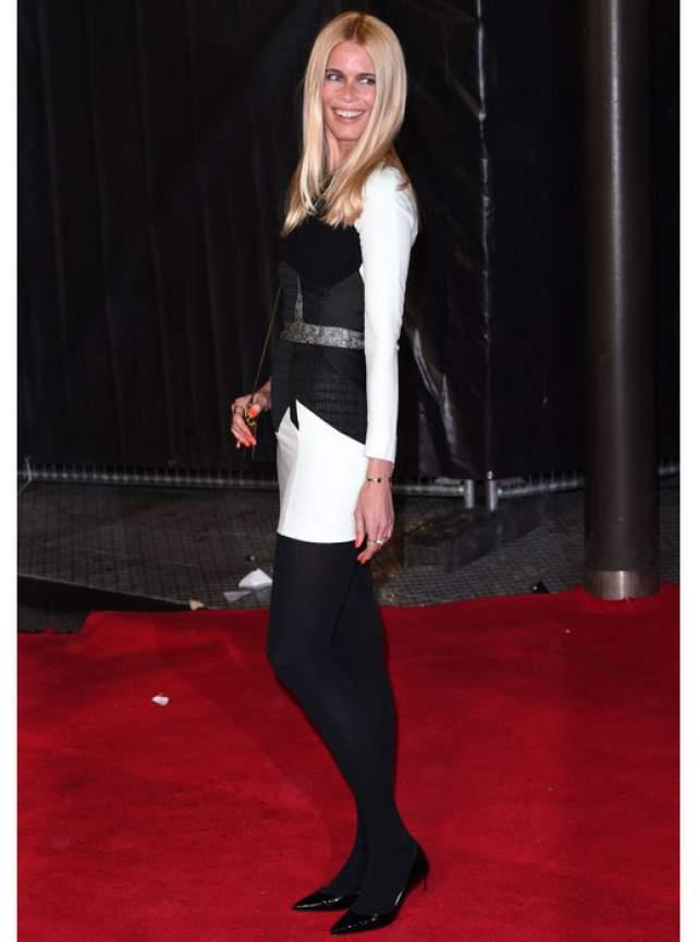 Клаудиа Шиффер : 43 размер ноги