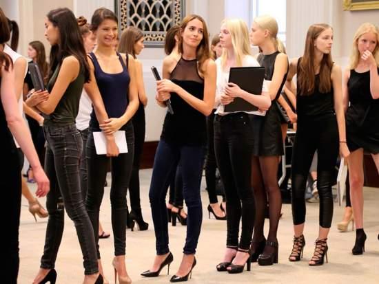 Кастинг девушка модель москва модельный бизнес лабытнанги