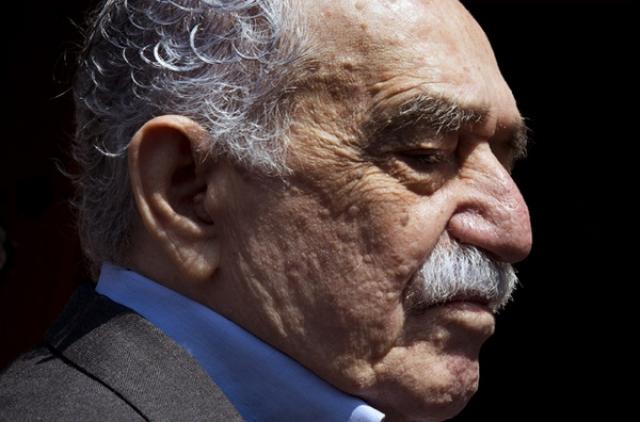 В 1989 году у писателя был обнаружен рак, но в 1992 году его успешно прооперировали. В 1999 году Маркесу был поставлен диагноз лимфома, но несмотря на тяжелую болезнь он стойко держался и продолжал творить. В марте 2014 года его поместили в больницу для курса лечения, но он сдался и 17 апреля 2014 года скончался.