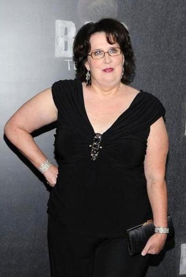 """Филлис Смит. Актриса, известная своим ярким появлением в """"Офисе"""", никогда не была худышкой."""