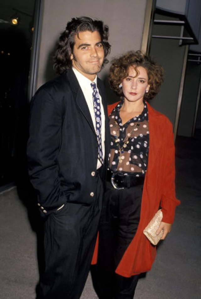 Джордж Клуни. Известный голливудский ловелас известен романами со множеством звездных дам. Его первой женой была актриса Талия Болсам, затем он долго встречался с моделью Элизабет Каналис и спортсменкой Стэйси Киблер.