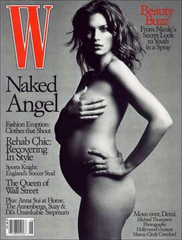Следующей обнаженной дамой в положении на обложке журнала стала супермодель Синди Кроуфорд .