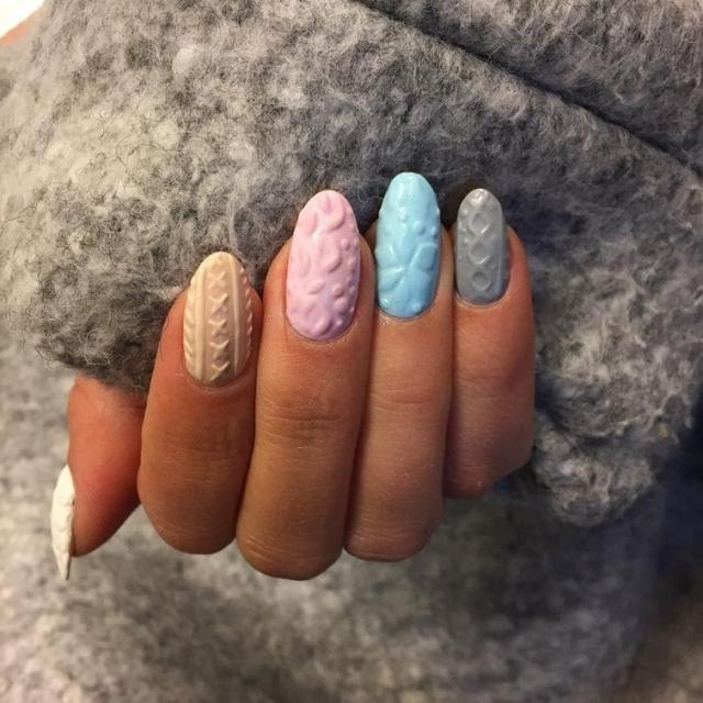 20.Вязанные ногти