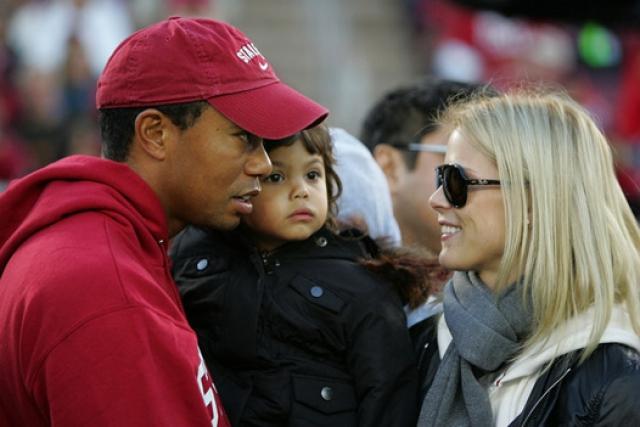 В 2004-м у пары родилась дочь Сэм Алексис Вудс, а в начале 2009 года - сын Чарли.