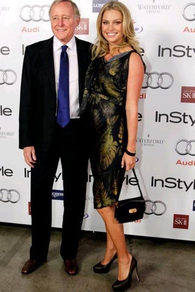 Несмотря на критику общественности, Кристи в каждом своем интервью не переставала твердить, что обожает Джеймса; а 2 года спустя модель родила своему мужу дочь Дилан, которая стала первым ребенком для обоих.