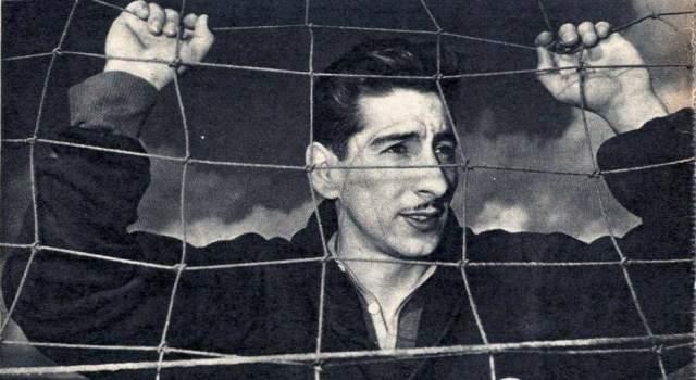 """Альсидес Гиджа. 16 июля 1950 года по его """"вине"""" произошла трагедия для всех бразильских поклонников футбола. В Бразилии, где проходил очередной чемпионат мира, все жители страны ждали триумфа родной команды. Но помешал этому уругваец."""