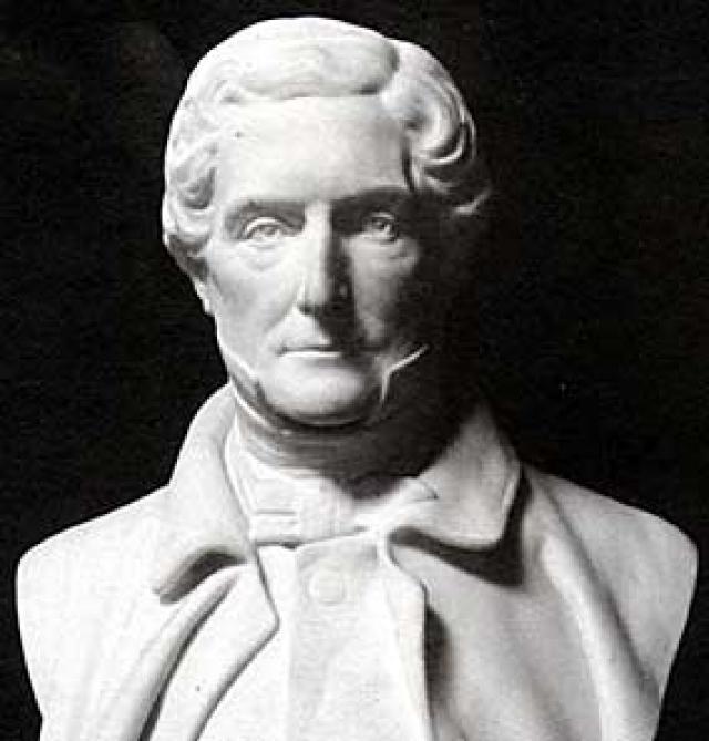 Уильям Джон Кавендиш Бентик Скотт . Портлендский герцог, который настолько не любил человечество, что спрятался от него под землю, построив себе роскошные подземные апартаменты прямо под родовым замком.