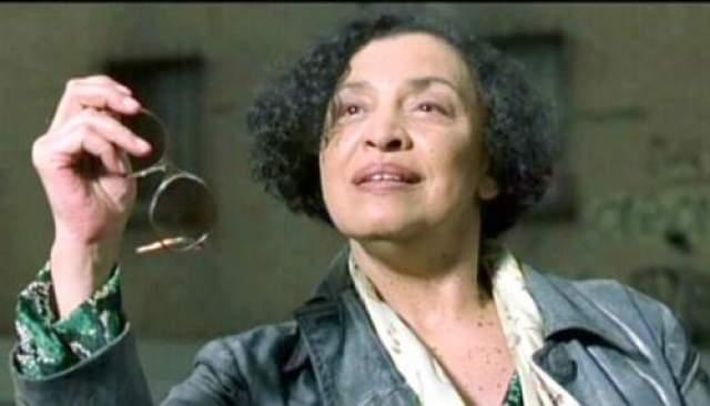 """К сожалению, актриса, исполнившая роль Провидицы в первой """"Матрице"""", скончалась от диабета 29 сентября 2001 года. К этому времени были отсняты почти все сцены с ее участием для """"Матрицы 2"""". Однако для """"Матрицы-3"""" материла снят не был. Роль Пифии отдали Мэри Эллис, а в самом фильме последовало объяснение этой замены - """"Матрица борется с Пифией""""."""