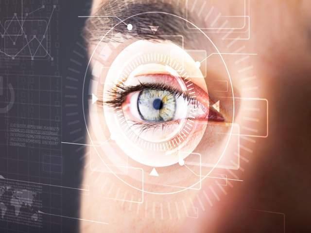 Чтобы получить полную картину за один раз, человеческий глаз совершает 2-3 саккады (скачкообразные автоматические движения глаза) в секунду.