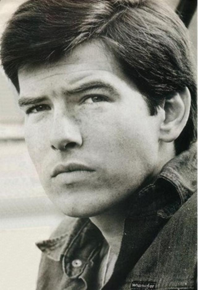 Пирс Броснан. В 16 лет будущий 007 начал работать в фотостудии.