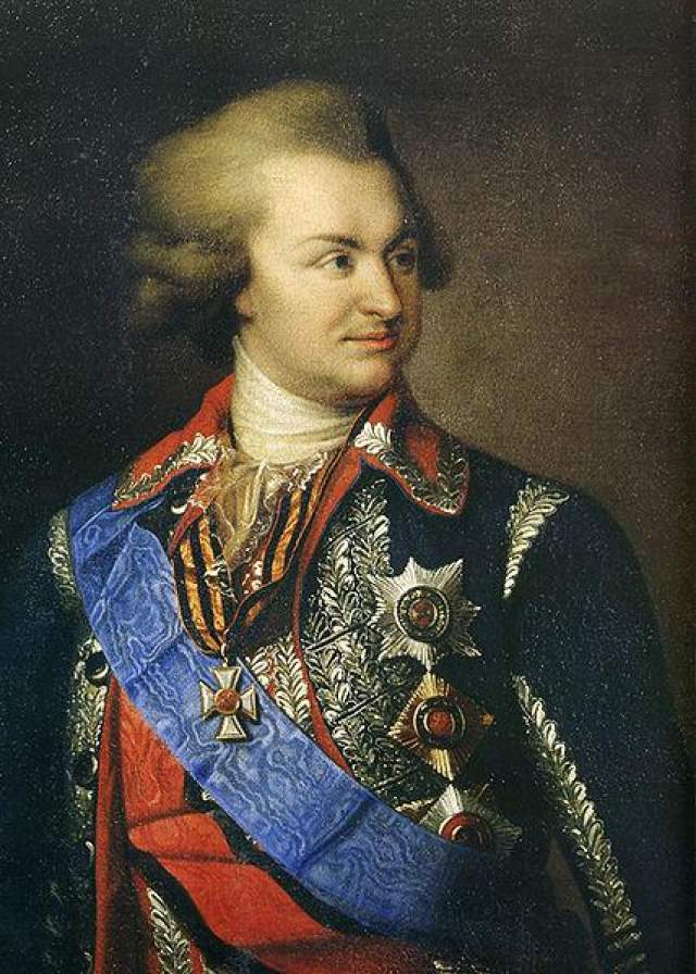 Вскоре место Орлова занял Григорий Потемкин, ставший самым могущественным человеком в стране. Екатерина потакала всем его желаниям, а тот, в свою очередь, делал все для блага своей императрицы.