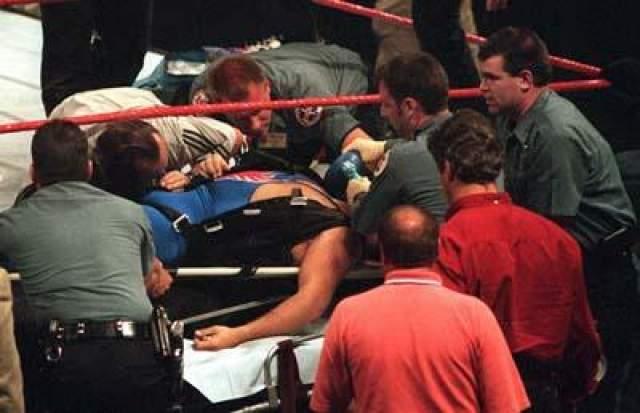 Семья Харта спустя месяц после трагического события подала в суд на WWF за неисправную систему ремней безопасности и плохо спланированный трюк, стоивший человеческой жизни.