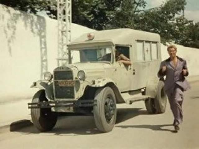 """ГАЗ 355 """"Кавказская пленница или Новые приключения Шурика"""" (1967)."""