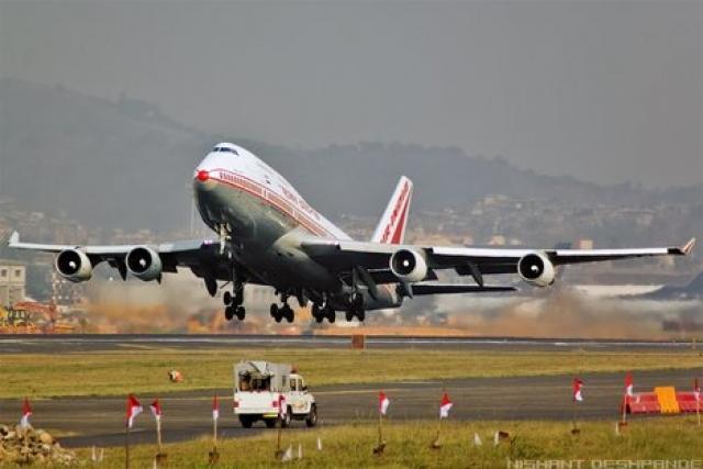"""На день катастрофы лайнер совершил 7525 циклов """"взлет-посадка"""" и налетал 23634 часа."""