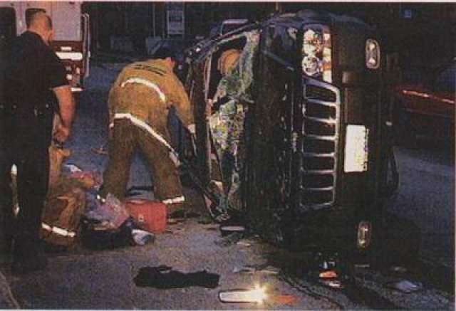 А 18 месяцев спустя, в апреле 2001-го, сама Дженнифер погибла в автомобильной аварии. О том тяжелом периоде Ривз рассказал в одном из интервью, что, все началось со смерти его лучшего друга Ривера Феникса от передозировки наркотиков.