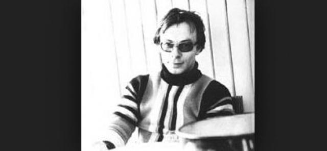 Два года он работал литературным секретарем поэтессы Ольги Берггольц, а в 1968 году устроился на ту же должность к писательнице Вере Пановой.
