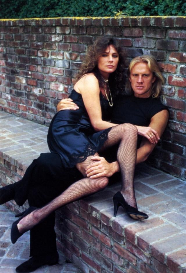 """Женившись на голливудской актрисе Ж. Биссет, пробовал себя в кино. Среди ролей в фильмах: фермер-амиш в фильме """"Свидетель"""" (1985), экспрессивный дирижер оркестра в фильме """"Долговая яма"""" (1986)."""