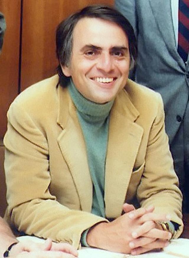 """О том, что """"Мистером Х"""", защищавшим травку был великий Саган, общественность узнала лишь после смерти профессора от воспаления легких в 1996 году."""