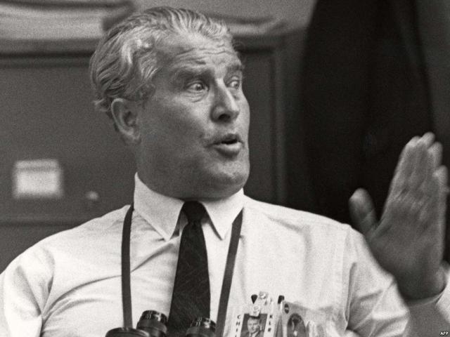 """А в 1968 году и вовсе были уволены 700 сотрудников Центра космических исследований имени Маршалла, где разрабатывался """"Сатурн-5"""" ,а двумя годами позже главный конструктор ракеты Вернер фон Браун был освобожден от должности."""