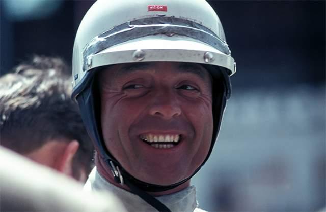 """Фил Хилл. Первый американский чемпион в гонках """"Формула-1"""" также страдал болезнью Паркинсона."""