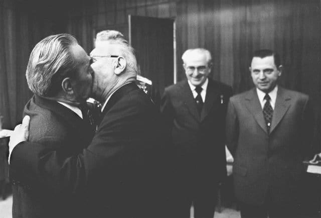 Николай Викторович Подгорный вручает награду Генеральному секретарю ЦК КПСС Леониду Ильичу Брежневу.