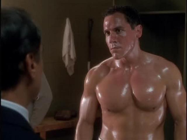 """Джон Фавро дебютировал в кино в 1997 году в фильме """"Свингеры""""."""