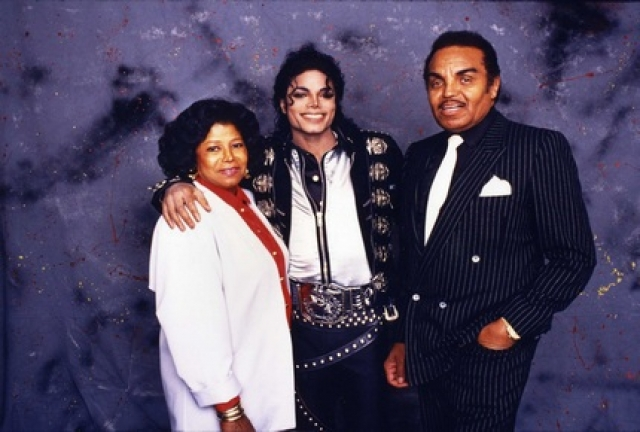Майкл Джексон вырос в семье Свидетелей Иеговы.