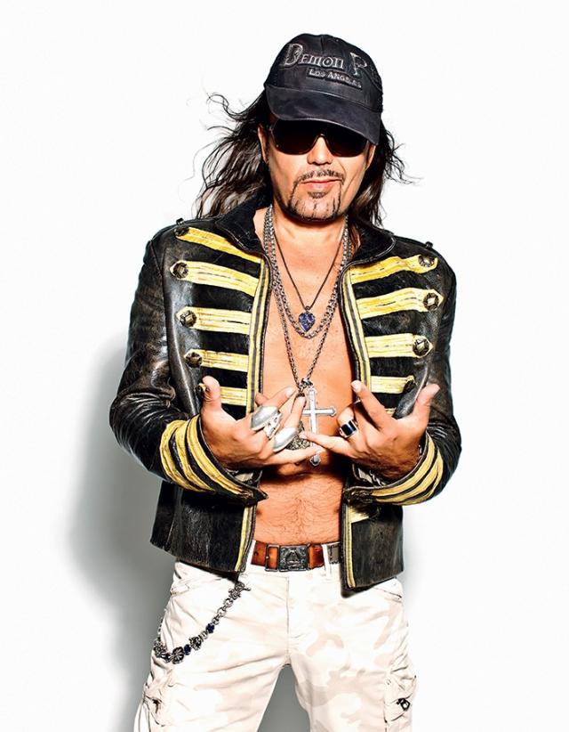 В 2011 году стал ведущим на телеканале Перец. Титомир выпустил уже 12 сольных альбомов и планирует снять порнофильм.