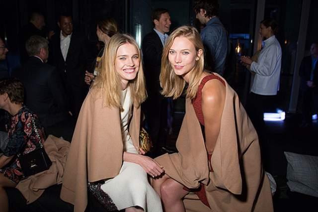 В организацию мероприятия вкладывает много сил и денег подруга Водяновой – топ-модель Карли Клосс.