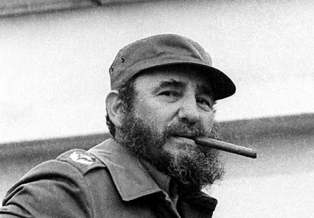 Диктатор Кубы Фидель Кастро известен своей одержимостью к коровам, молоку и другим молочным продуктам. Он заявлял, что предпочитает пить молоко, а не воду, что довольно необычно в испаноязычных странах.